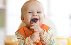 Bebeklerin Yememesi Gereken Besinler